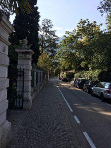 Mooi gelegen aan deze straat
